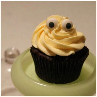 scary-cupcake-1