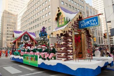 Santa-Claus-Parade-Toronto-2-DM